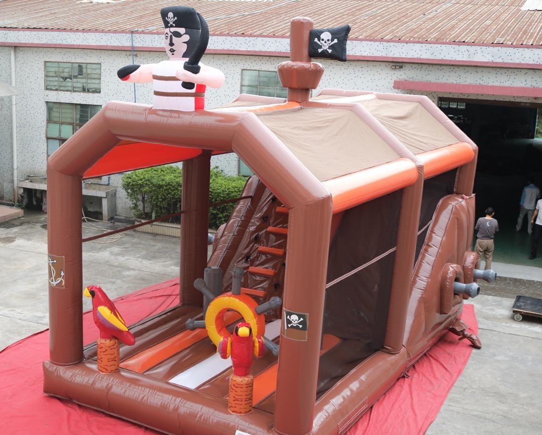 Castillo Hinchable Alquiler de piratas